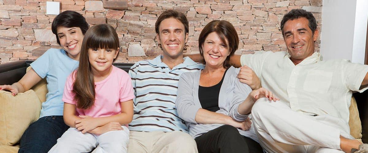 ویزای توریستی کانادا از طریق بازدید افراد خانواده