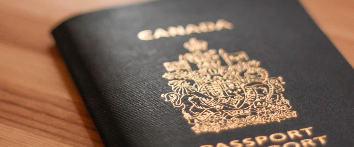 مدارک لازم جهت اخذ ویزای توریستی کانادا