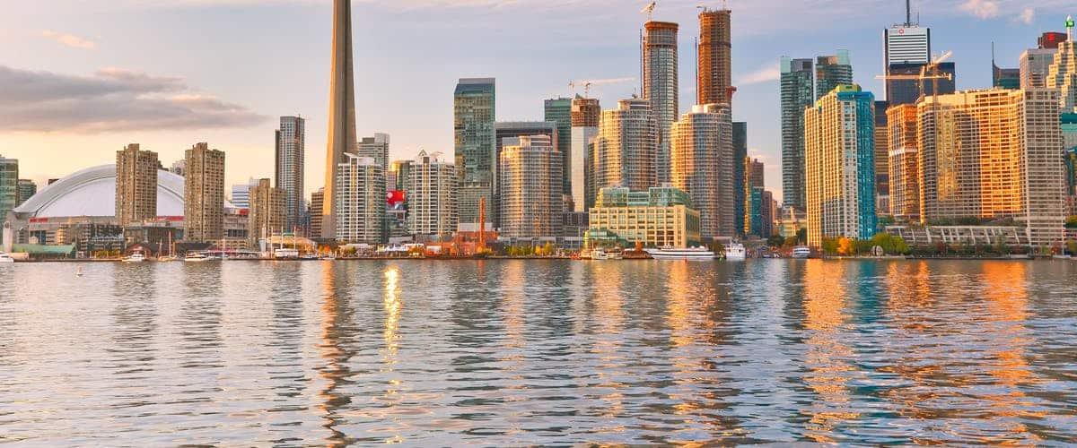 بهترین شهر های توریستی کانادا - شهر تورنتو