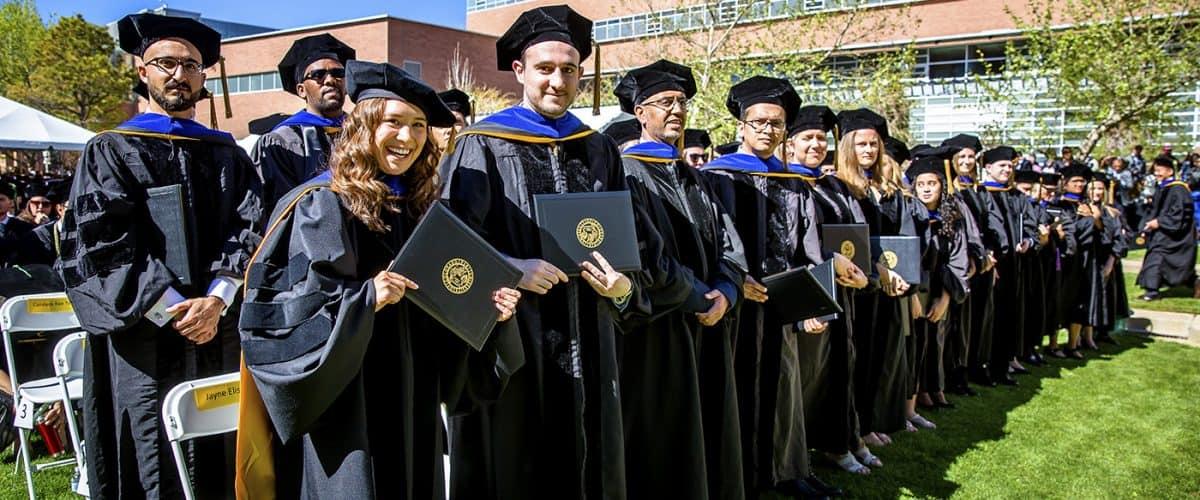 مدرک تحصیلی معتبر دانشگاه های کانادا