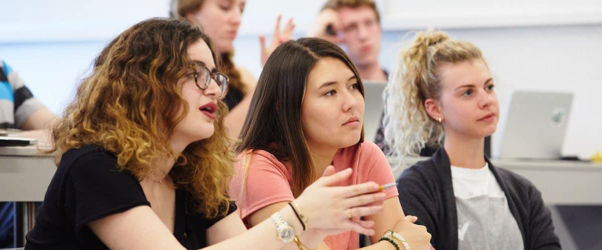 شرایط تحصیل کارشناسی در استرالیا