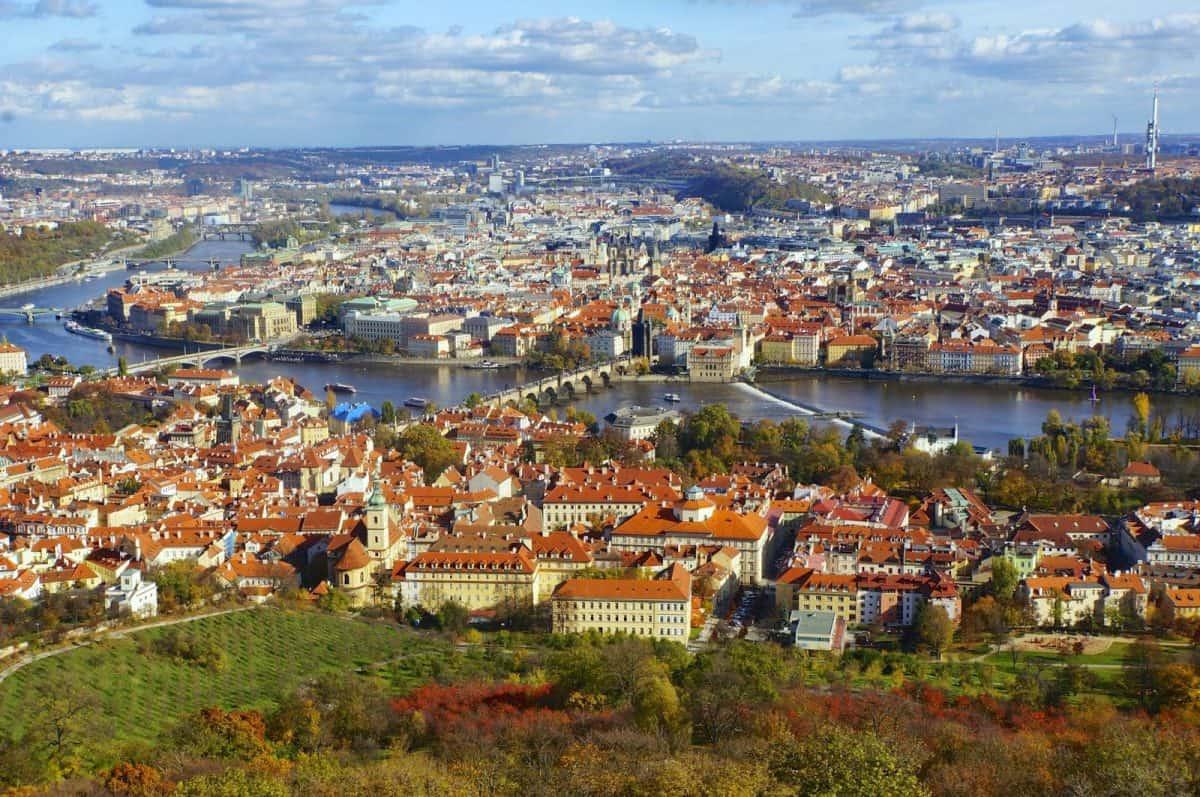 تجربه زندگی در چک
