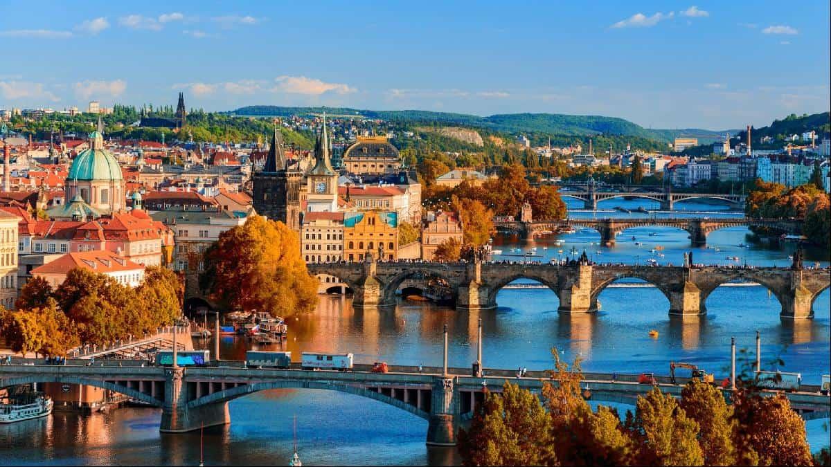شرایط اخذ ویزای توریستی چک
