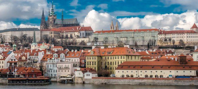 کار در کشور چک