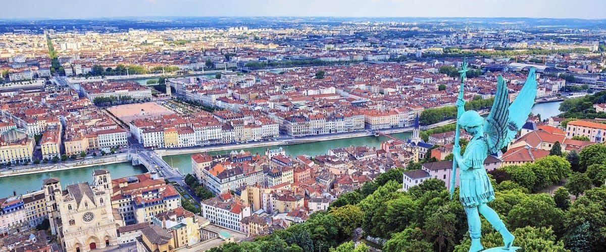 سفر به شهرهای توریستی جهان