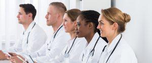 امکان تحصیل در رشته های پزشکی به زبان انگلیسی