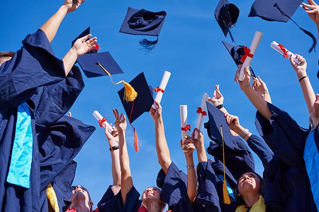 تحصیل کردن در کانادا و اقامت دائم